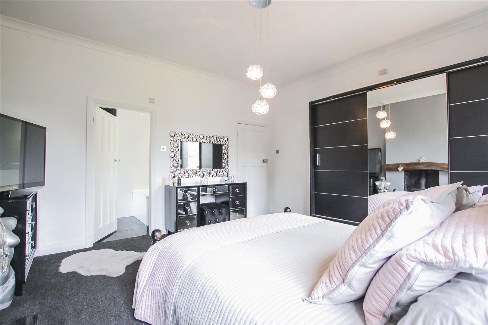 4 Bedroom Detached House For Sale - Image 65